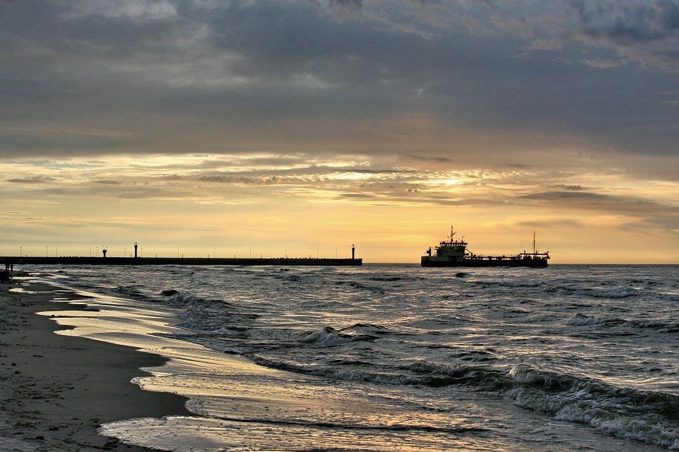 Frachter Schiff Sonnenuntergang Wandbild